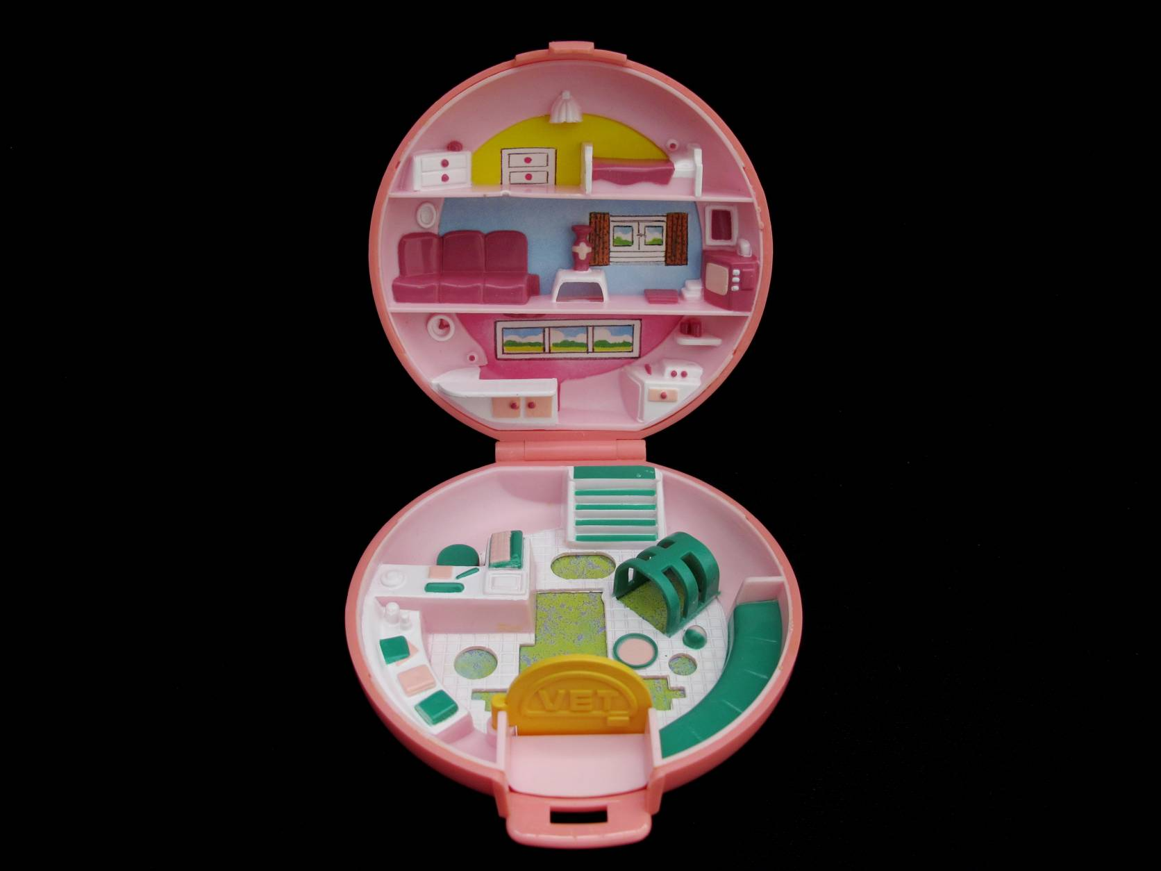 1989 Buttons Animal Hospital Polly Pocket 2