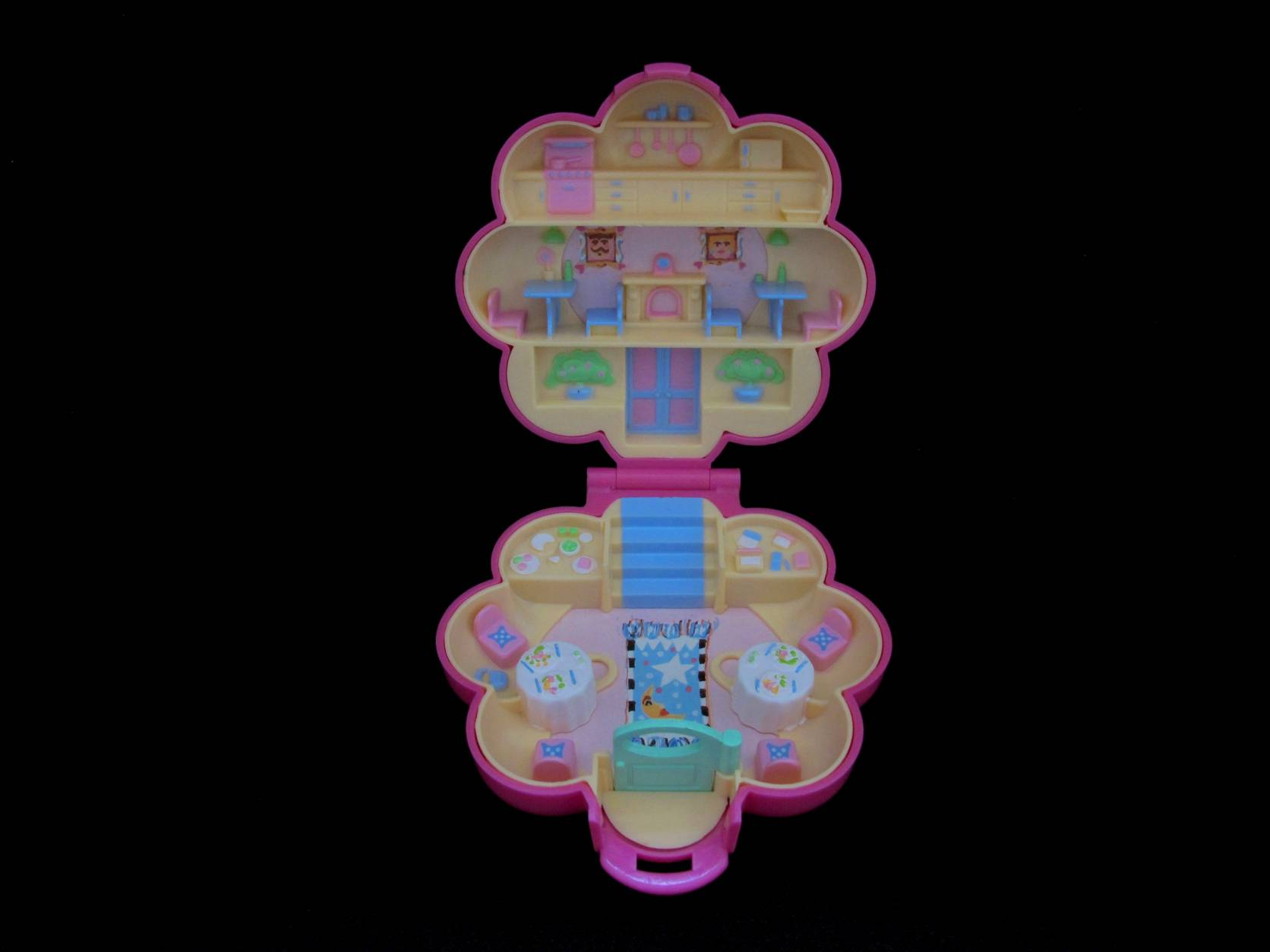 1990 Mr Frys restaurant Polly Pocket 2