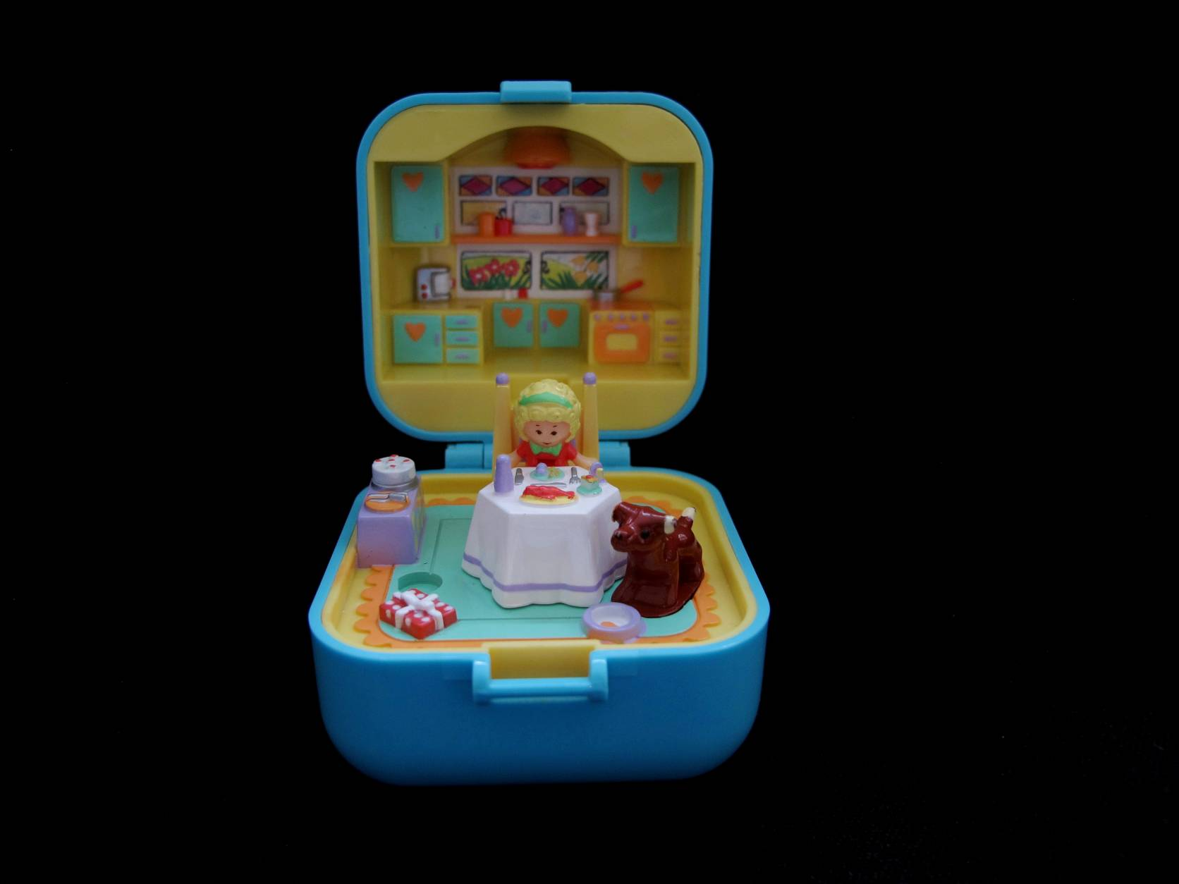 1991 Polly's Dinnertime ring and ringcase 1 (2)