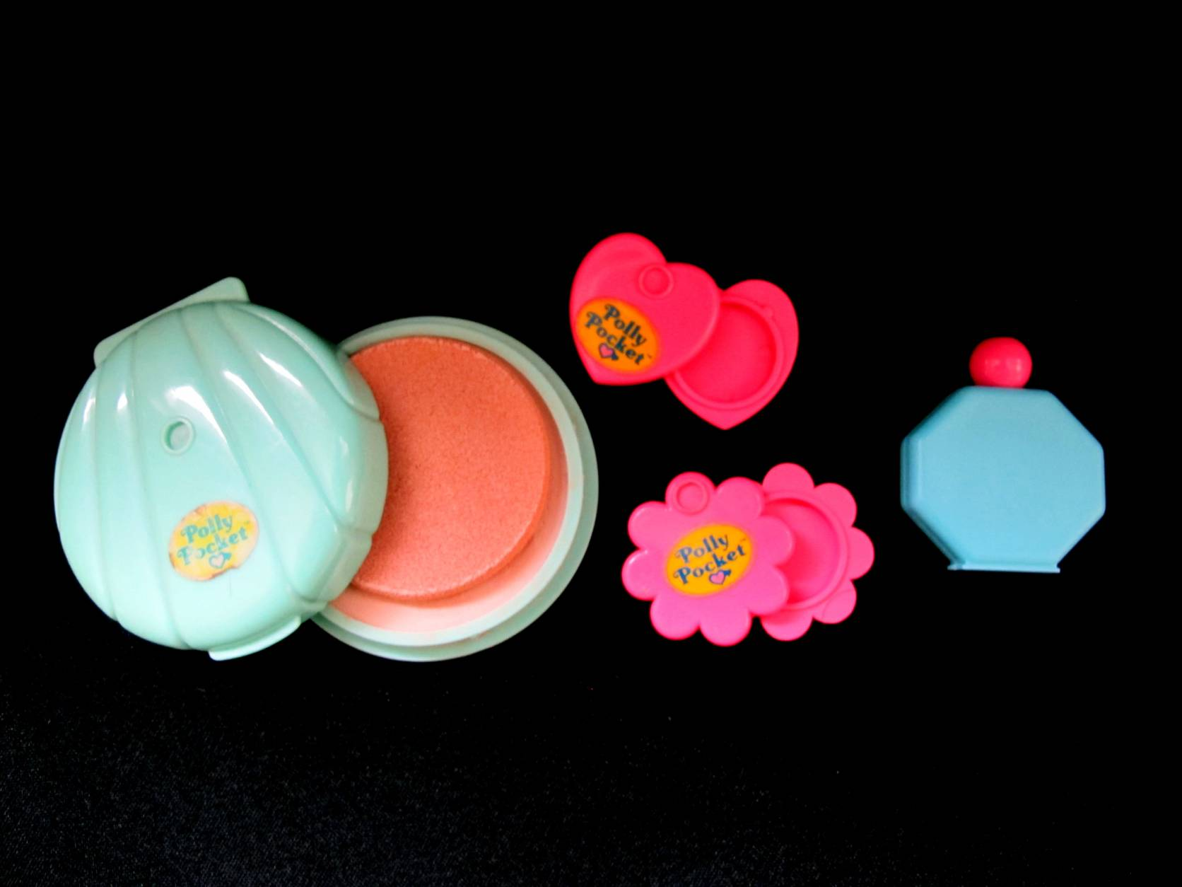 1991 Pull Out Playhouse make up en popjes (2)