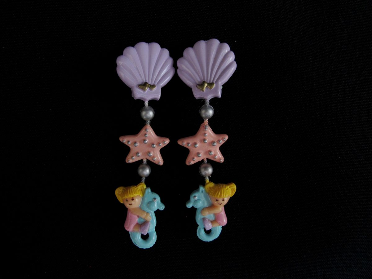 Seashell Dangly Earrings polly pocket