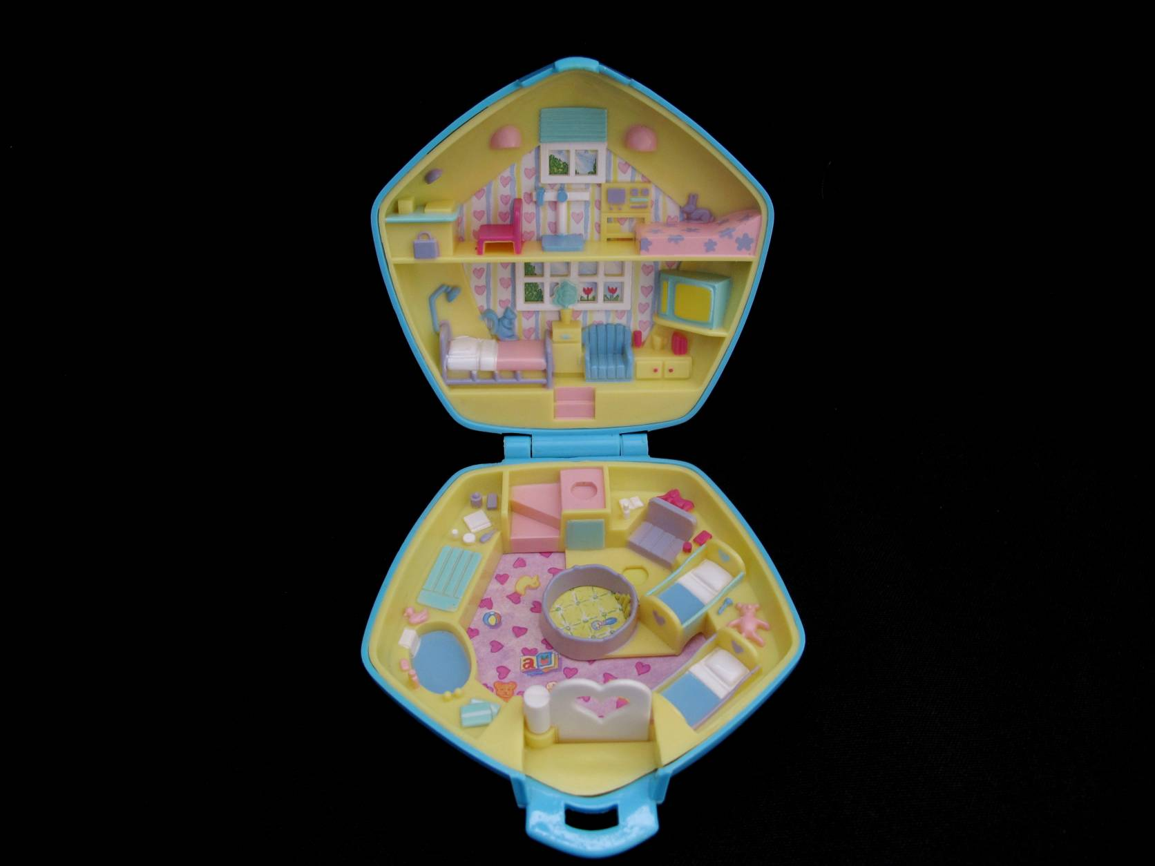 1992 Polly in the Nursery blauw Polly Pocket 2