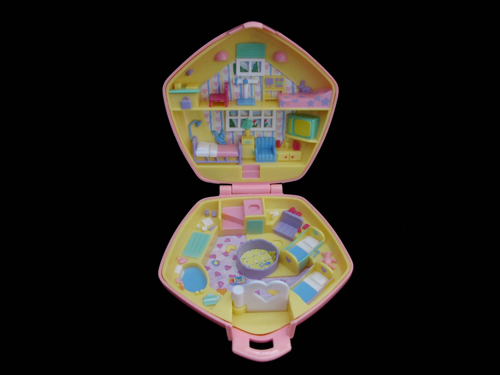 1992 Polly in the Nursery roze Polly Pocket 2