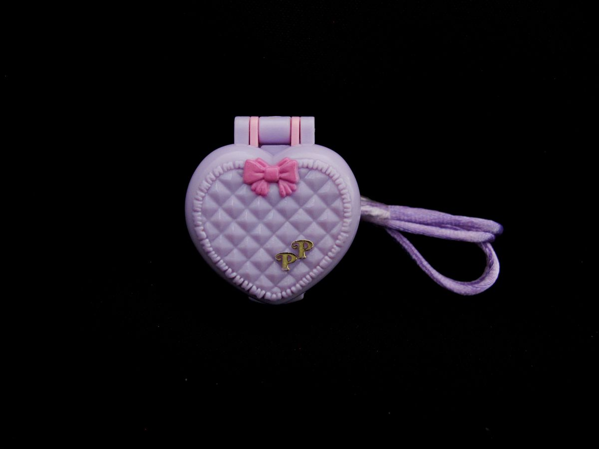 Baby and Blanket Locket Polly Pocket