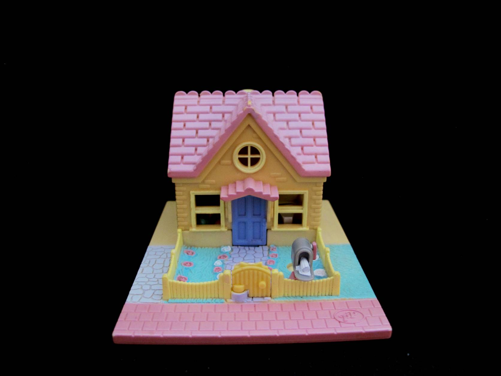 Polly Pocket Cozy Cottage geel