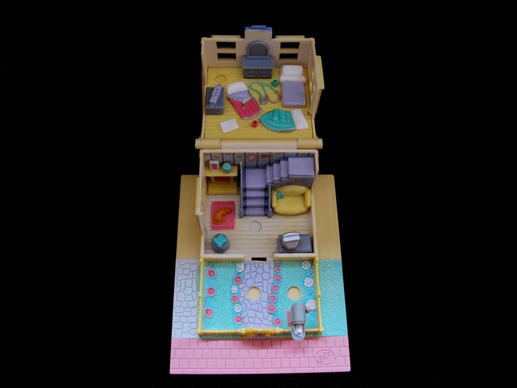 1993 Cozy Cottage geel Polly Pocket (2)