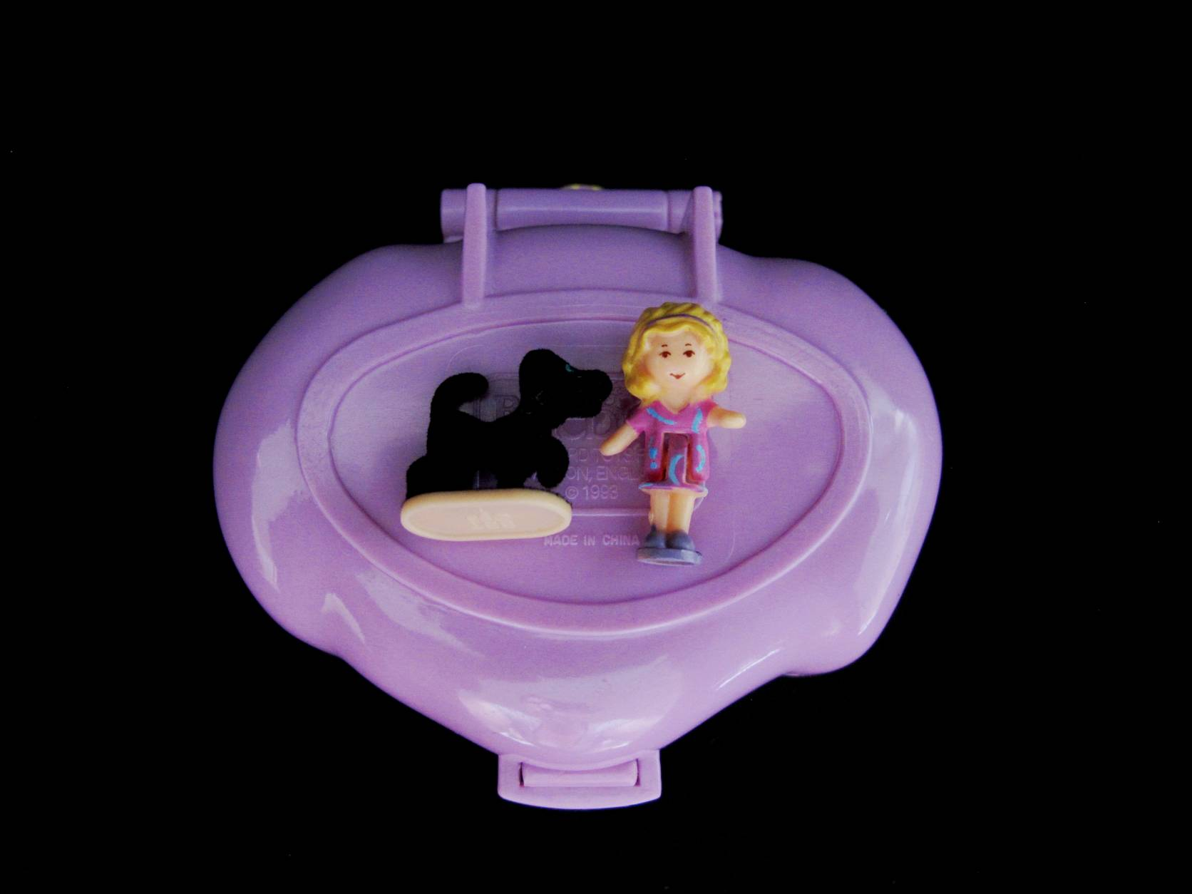 1993 Dazzling Dog show Polly Pocket 3