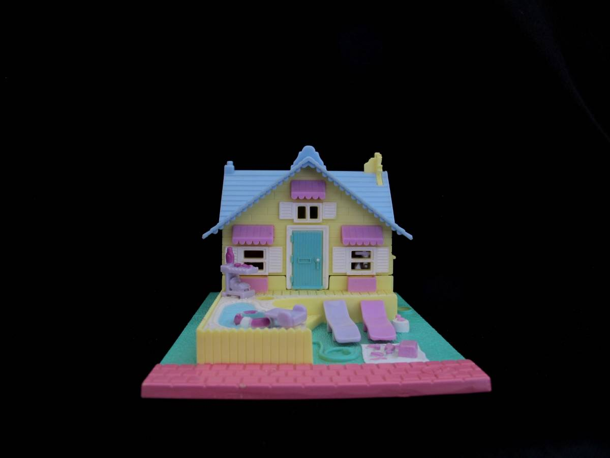 Polly Pocket Summer House