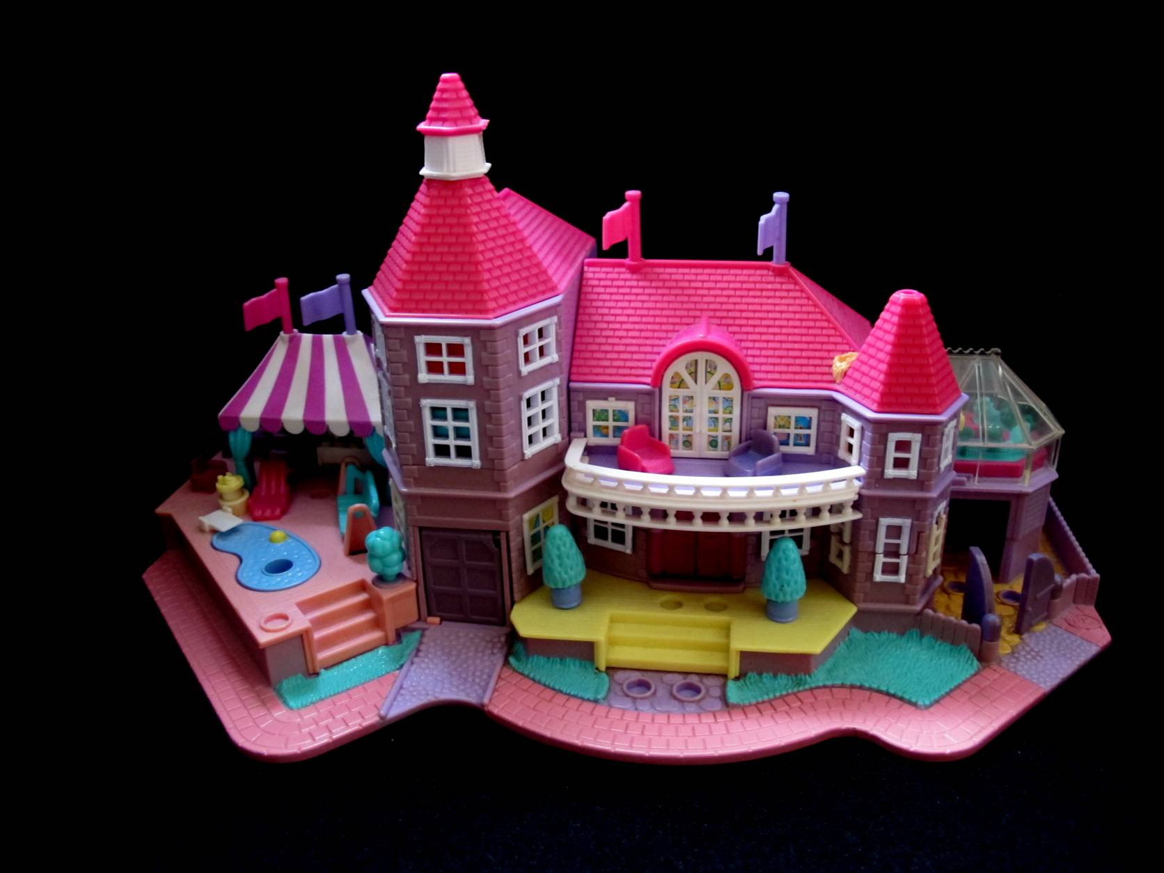 Polly Pocket Magical Mansion met mat