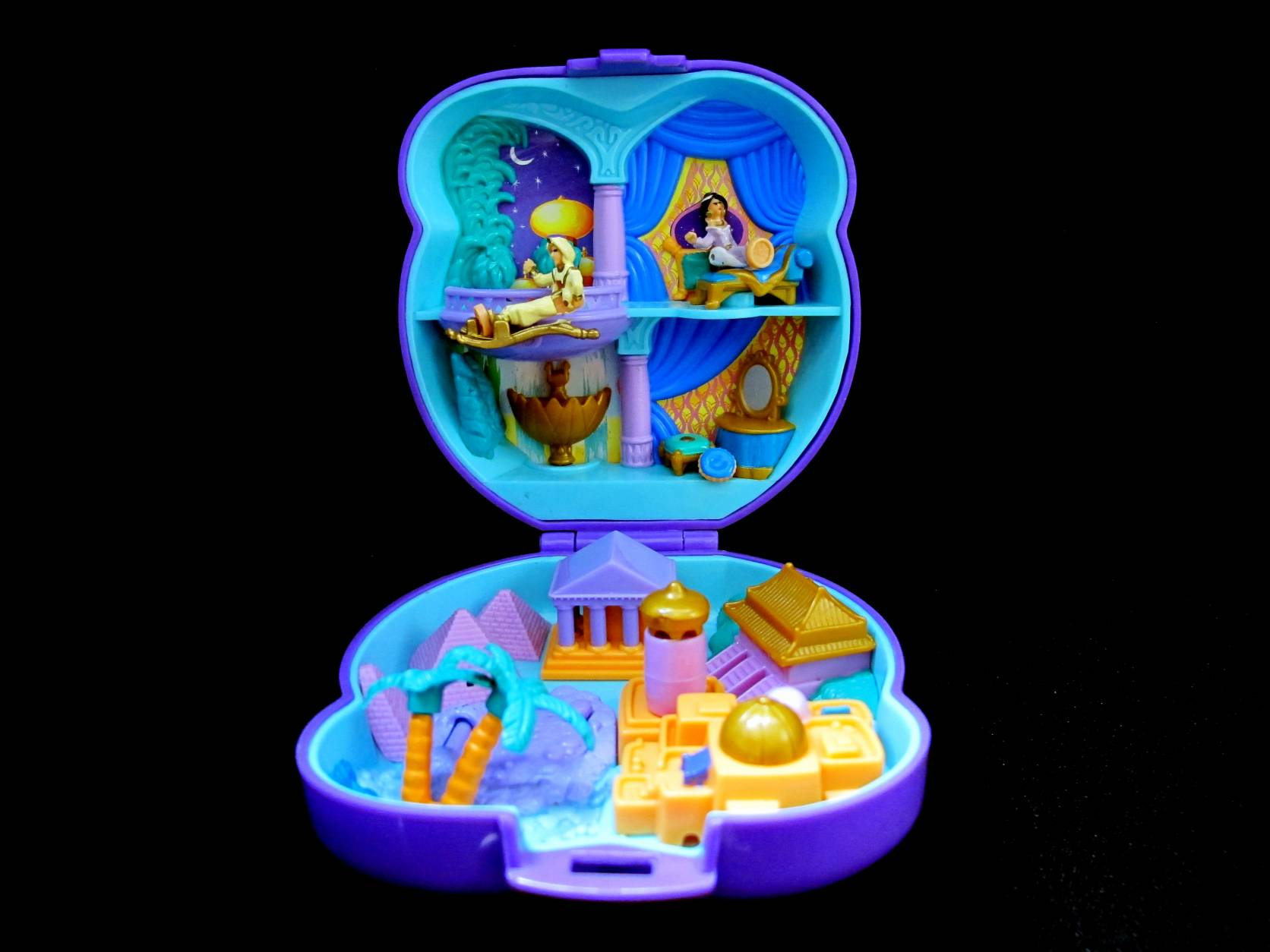 1995 Disney Aladdin playcase (2)