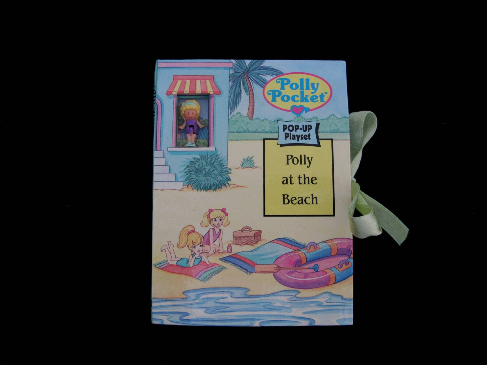 1996 Pop up playset Polly at the beach (1)