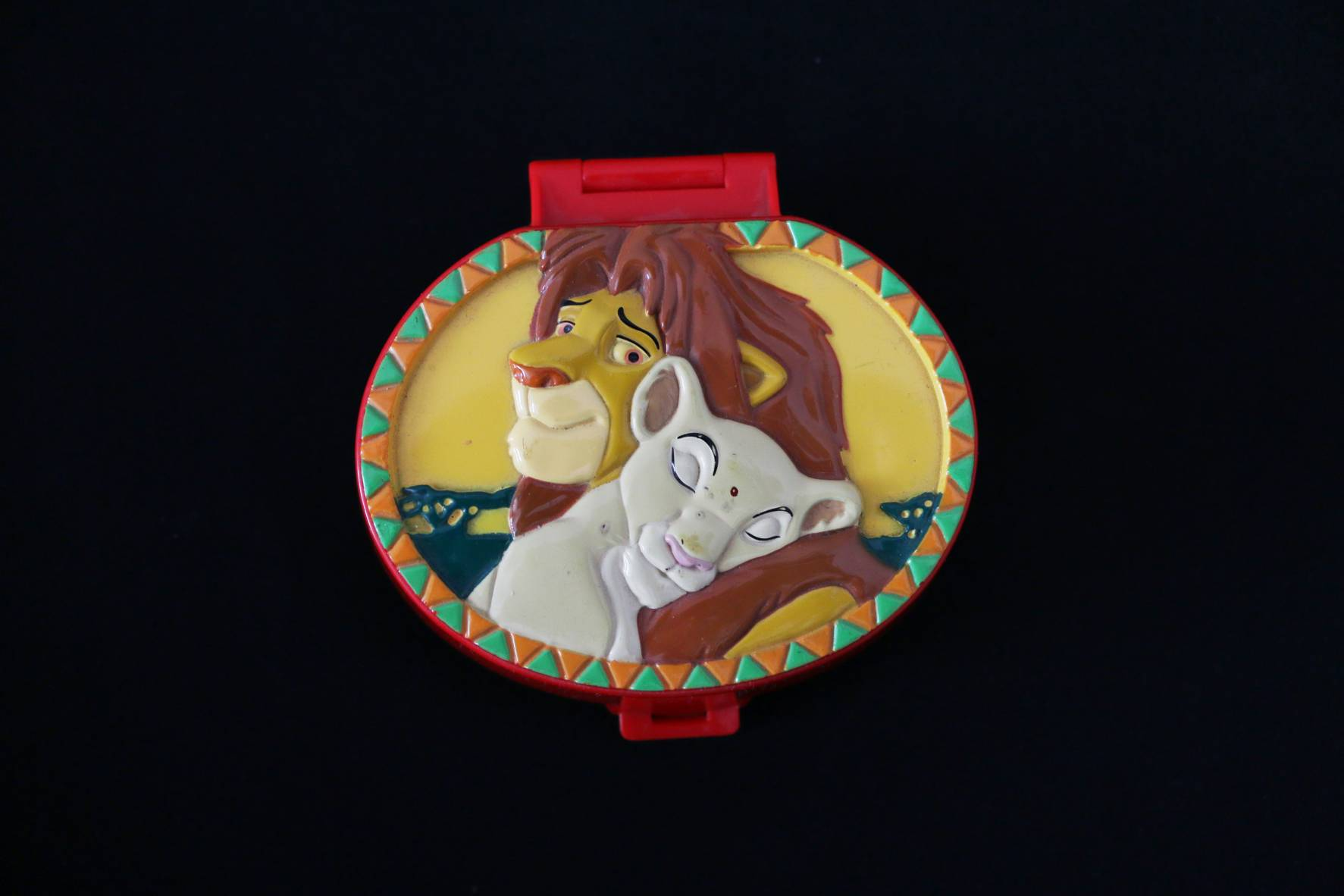 Disney 1996 The Lion king Playcase (1)