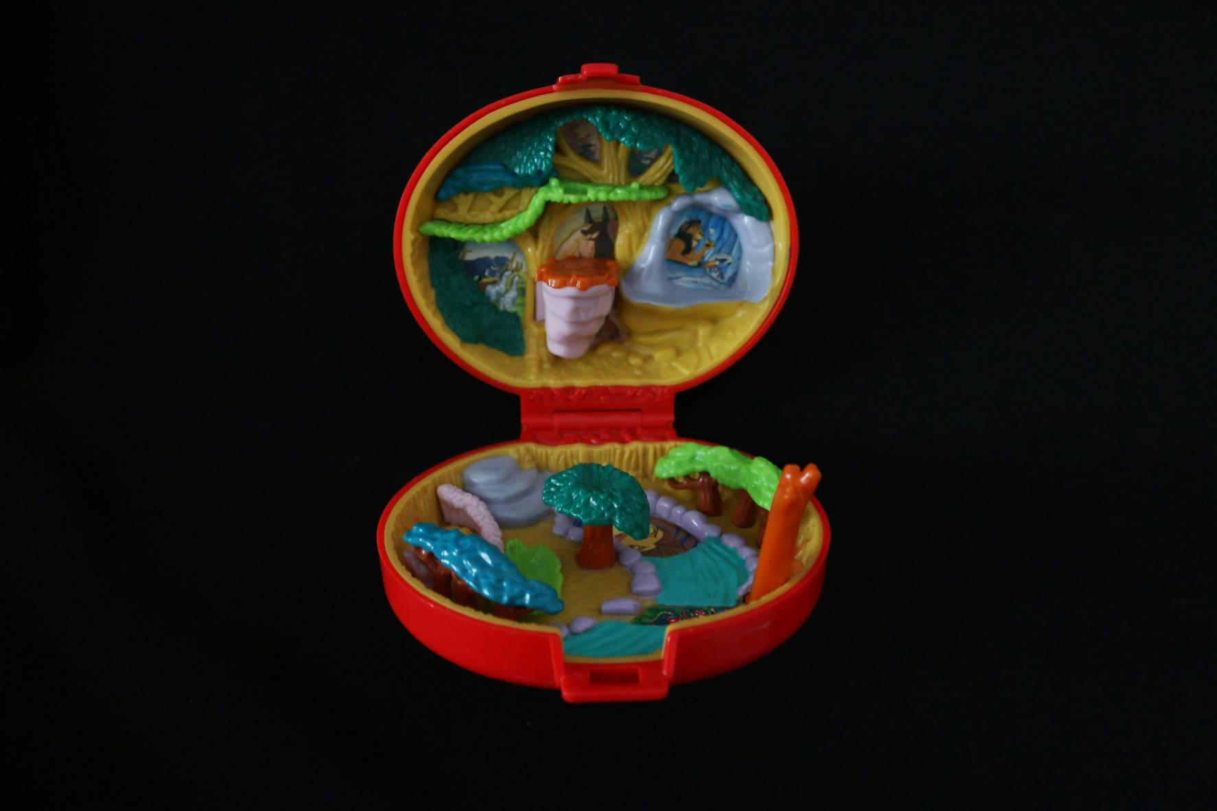 Disney 1996 The Lion king Playcase (2)