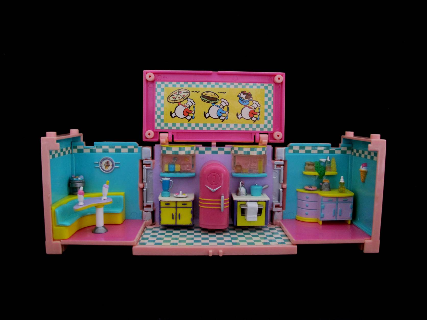 1999 Polly Pocket Dreambuilders Deluxe Mansion Kitchen