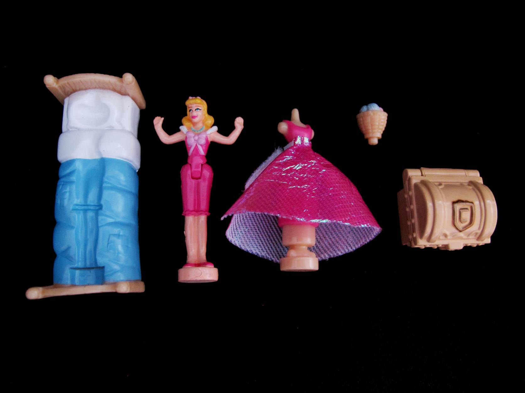 2005 Disney Assepoester hoofd Polly Pocket 3